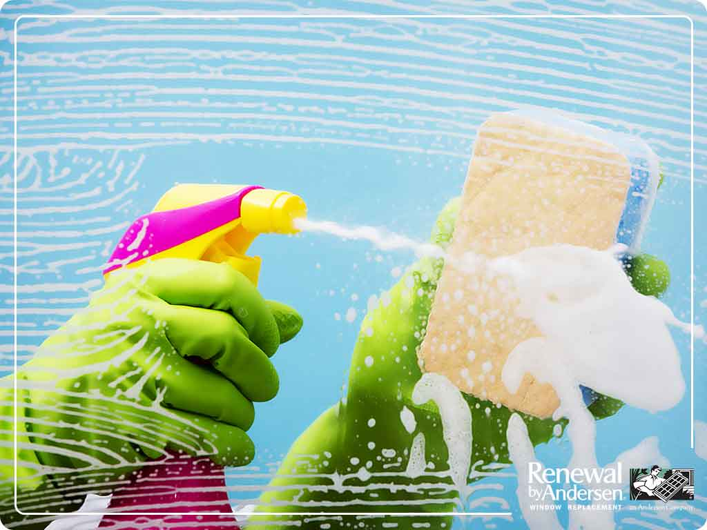 The Best Window Cleaning Tool: Squeegee vs. Microfiber vs. Newspaper