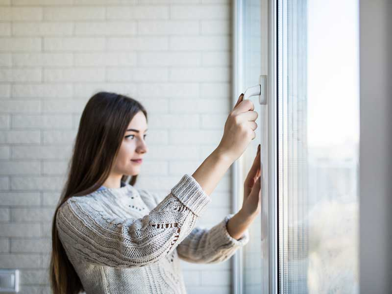closing windows to minimize allergens