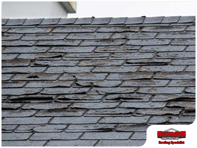Shingle Splitting vs. Cracking