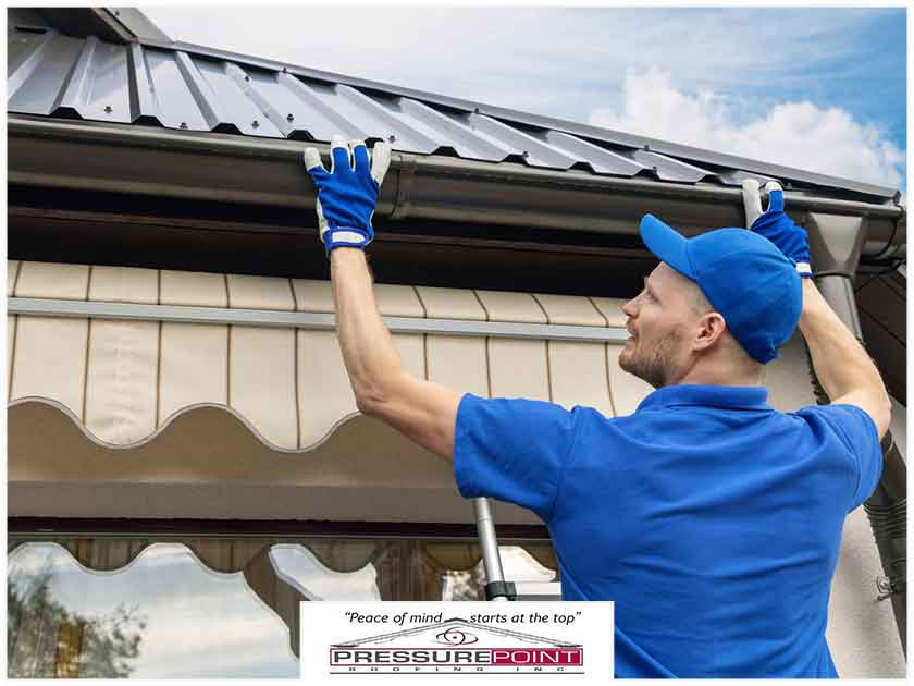 roof maintenance gutters