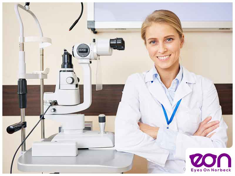 Ophthalmologist vs. Optometrist