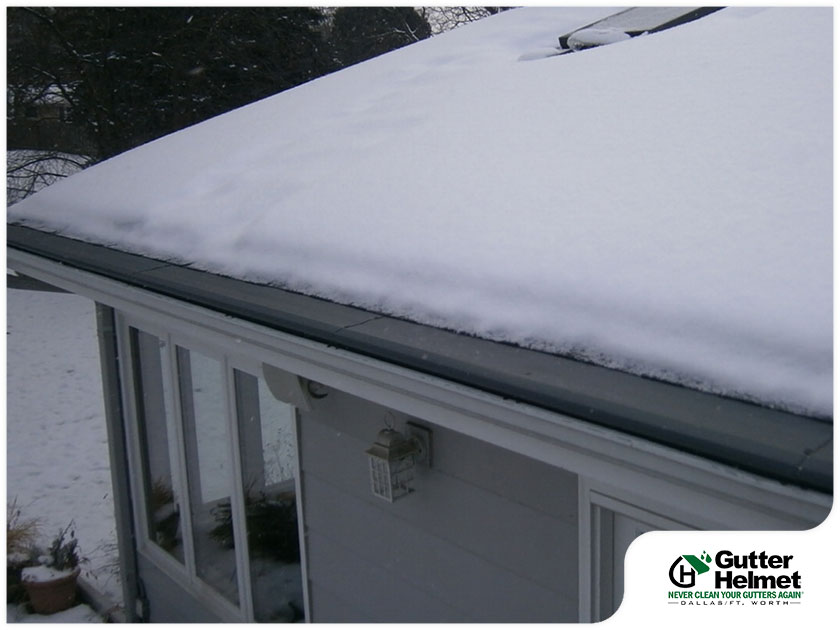 helmet heat system on gutters