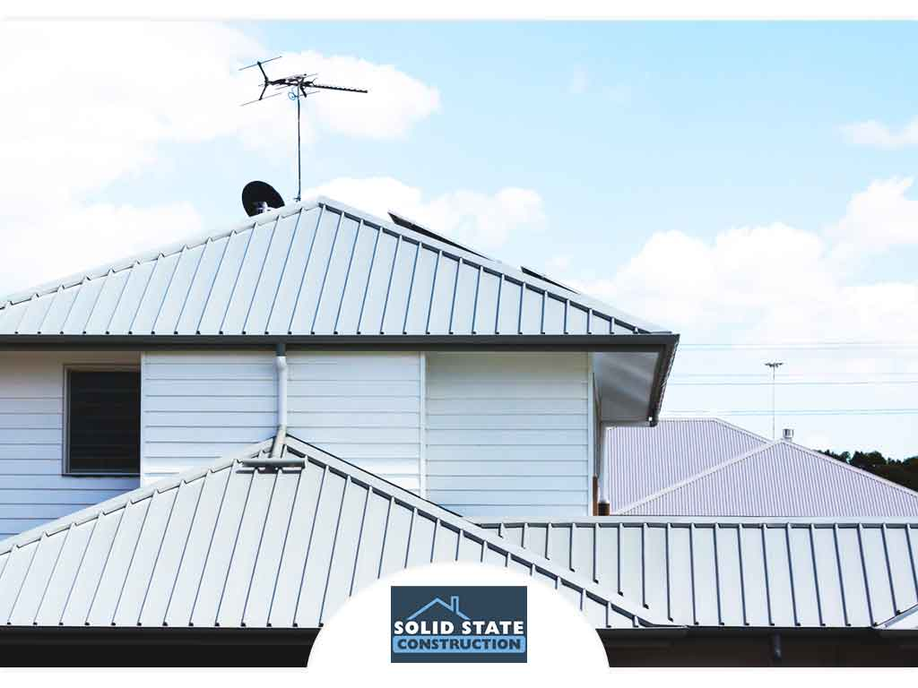 Myth Busted: Metal Roofs Are Hot in the Summer