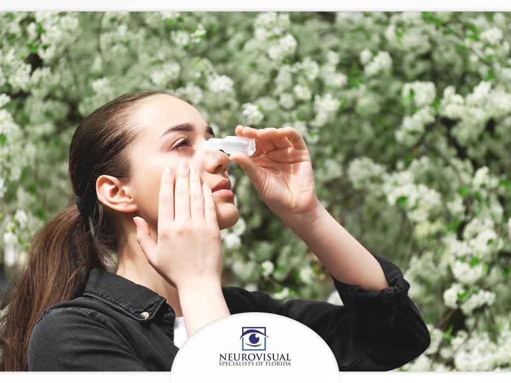 6 Tips on Managing Seasonal Eye Allergies