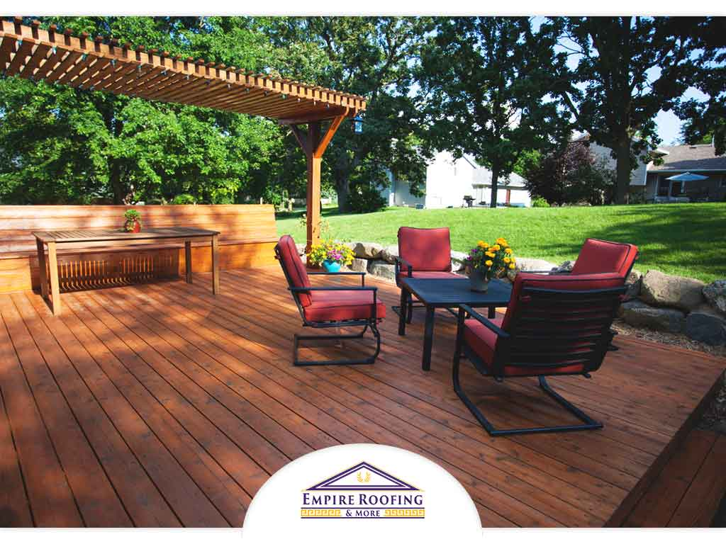 Here Are Summer Decorating Tips for Your Deck