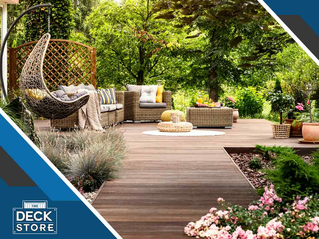 4 Ways to Transform a Small Space Into a Stunning Patio