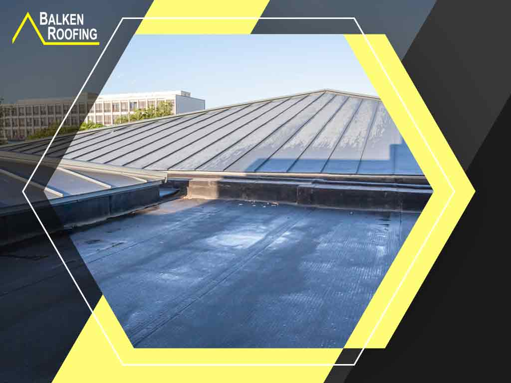 Common Commercial Roof Issues and Ways to Fix Them