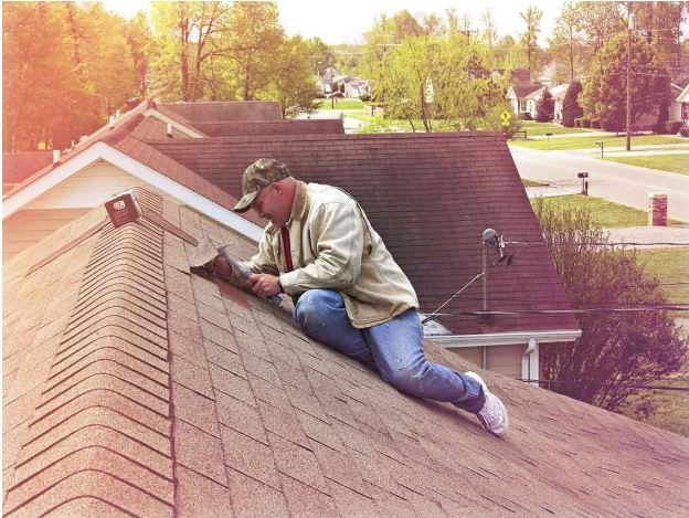 4 Roofing Maintenance Tips for Summer