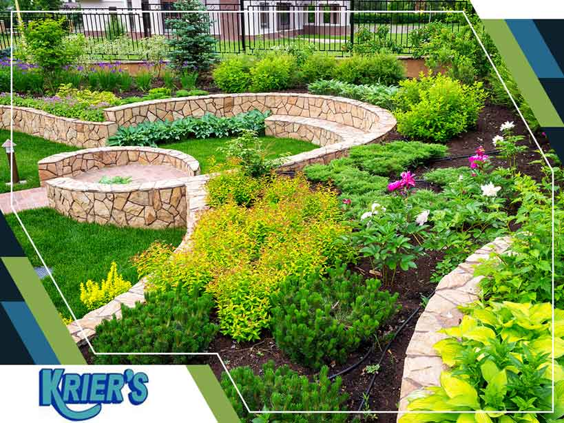 Modern vs. Contemporary Landscaping: Two Popular Designs